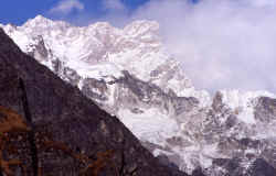 kangchenjunga_south_face.jpg (166409 Byte)